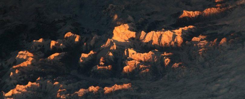 قله های با شکوه هیمالیا از فضا چگونه است