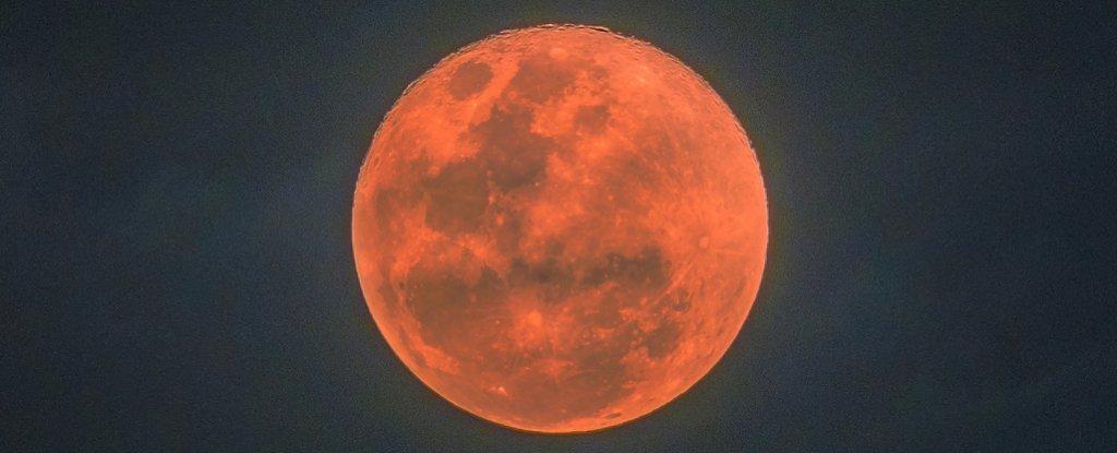 ناپدید شدن ماه از آسمان استراتوسفر در سال 1110 شد