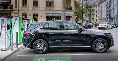 10 خودرو الکتریکی سریع موجود در جهان