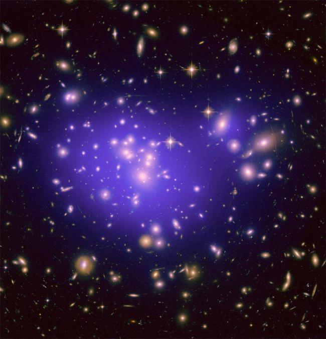 تصویر از تشخیص هزاران کهکشان کم نور با بررسی انرژی تاریک
