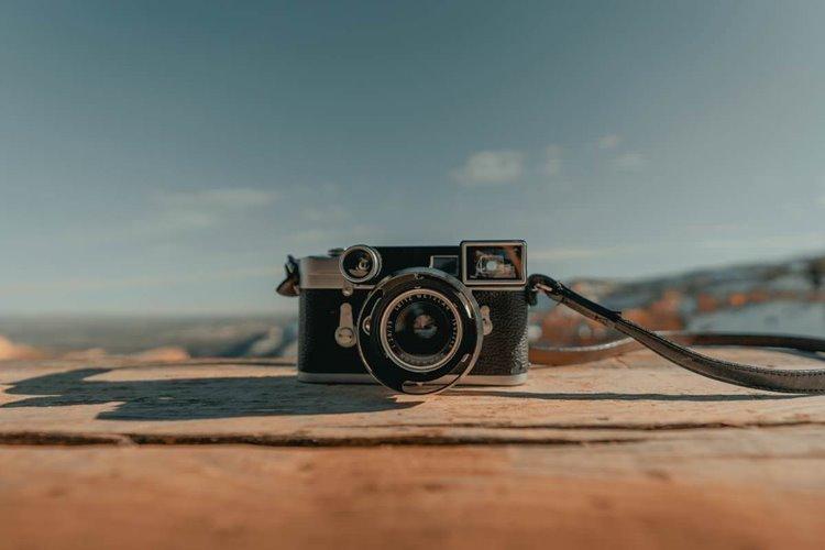 تصویر از دوربین های فاصله یاب ( رنج فایندر ) تجربه عکاسی متفاوت با بکارگیری نیروی تخیل