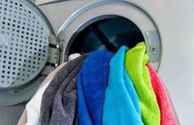 چه مدت باید از حوله حمام خود استفاده کنید بدون اینکه آن را بشویید؟ قارچ ها و باکتری هایی شستن