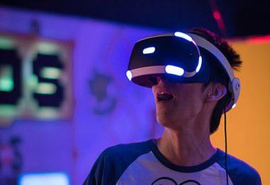 عینک های واقعیت مجازی VR با استفاده از مواد شیمیایی بی بو ، تغییرات دما را شبیه سازی می کنند