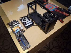 شرکت Cyberpower یک نمونه کامپیوتر گیمینگ ساختهشده بهکمک کارت پردازشی اینتل را در CES 2020 به نمایش گذاشت. پردازنده حافظه