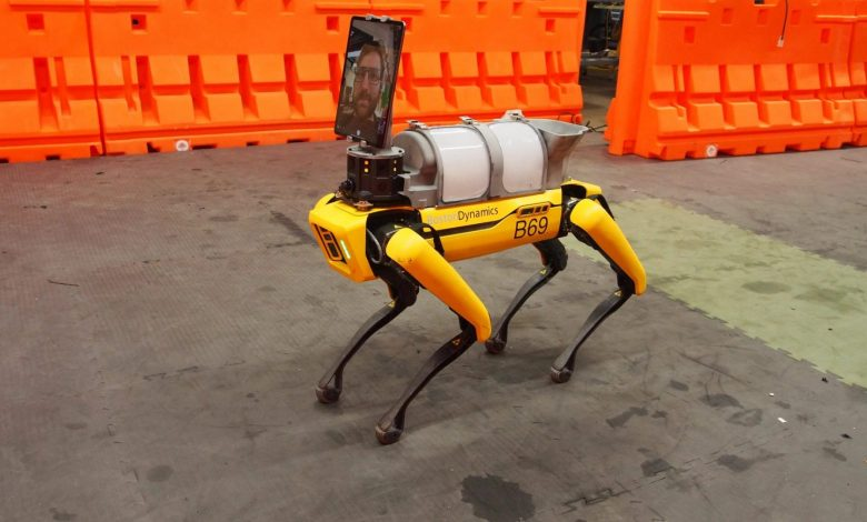 ربات چهار پا-Boston Dynamics اولین سگ رباتیک خود را به نام Spot به بازار عرضه کرد