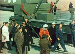 یوری گاگارین، نخستین انسانی که با فضاپیما به فضا رفت را بیشتر بشناسید قهرمان فرهنگی