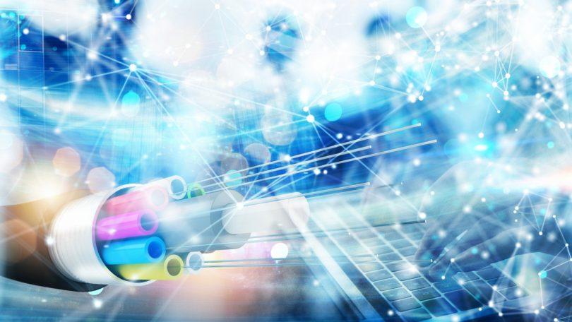 پهنای باند-رکورد فوق العاده اینترنت پر سرعت جهان با 178 ترابیت در ثانیه -فیبر نوری