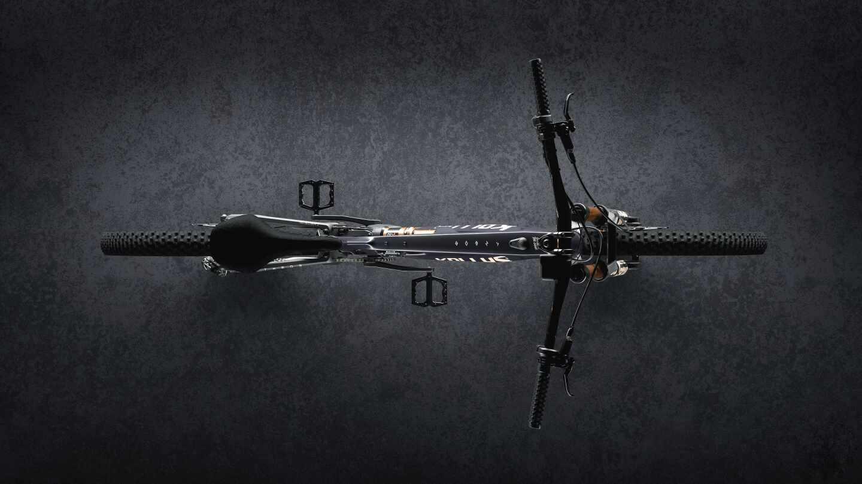 دوچرخه کوهستان Theos F بسیار با دوام از جنس الیاف کربن معروف به Feather