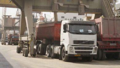 واردات کالاهای ضروری نسبت به سال گذشته کاهش یافته است!